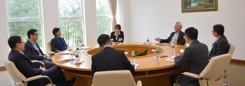 吴士存会见新加坡驻华大使
