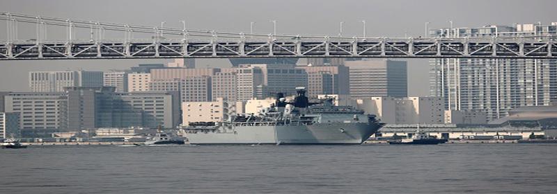 英国军舰擅闯我西沙群岛领海 遭中国军队警告驱离